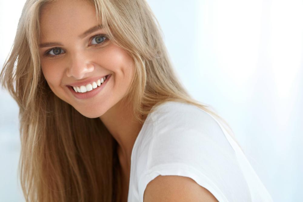 Woman Smiling | Cosmetic Dentistry Avondale